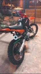 Vendo moto de trilha