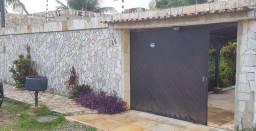 Casa com 360 m², 3 suites, piscina, 4 vagas