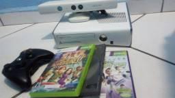 Xbox 360 slim BRANCO Vendo ou troco por Celular ou algo do meu interesse