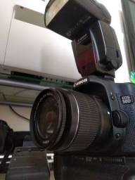 Vendo câmera Canon 50D com flash Canon 580exII