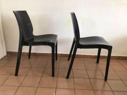 Título do anúncio: Cadeira preta Tramontina