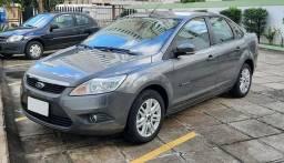 Focus Sedan Glx 2.0  - 2012