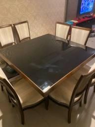 Vendo mesa de jantar 8 lugares