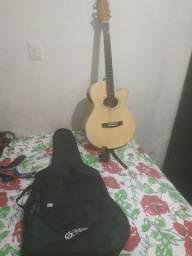 Vendi um violão   elétrico novo 750 Zp *