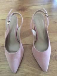 Título do anúncio: Vendo sapato Constance tamanho 35