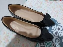 sapatos femininos n° 37. cada par por R$ 20,00. muito novos. veja fotos
