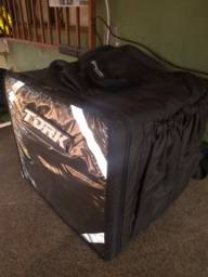 Vendo mochila de entrega nova