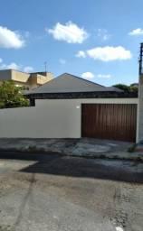 Título do anúncio: Casa estilo colonial c/03 quartos c/ 04 vagas  Bairro Novo Eldorado