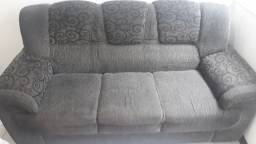 Vendo 2 sofás 2 e 3 lugares!