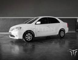 Toyota ETIOS SEDAN XS
