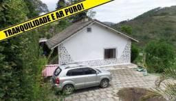 Título do anúncio: Casa com 4 dormitórios à venda, 200 m² por R$ 380.000,00 - Pessegueiros - Teresópolis/RJ