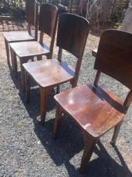 Cadeiras madeira 4 .