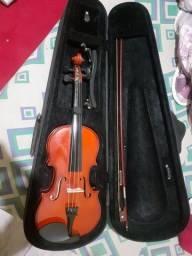 Violino 4/4 em ótimo estado