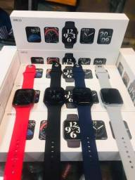 Smartwatch HW22 azul e vermelho