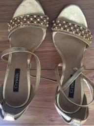 Título do anúncio: Sandália dourada tamanho 35
