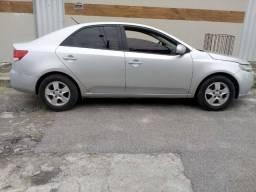 Vendo Kia Cerato 1.6 Sx3 2011 16v Gasolina 4p Manual Ipva Pago Pneus novos nao bate nada