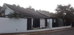 vendo casa em alvenaria 240 m2 +peça Comercial 70 m2