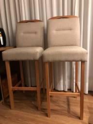 Título do anúncio: Vendo 2 cadeiras altas de madeira
