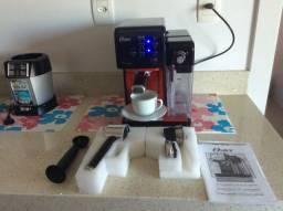 Cafeteira Oster Automática Espresso Latte Cappuccino Vermelha