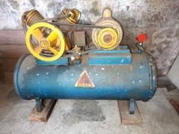 Título do anúncio: Compressor de ar profissional + kit