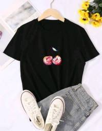 Título do anúncio: Blusa camiseta ampla feminina preta