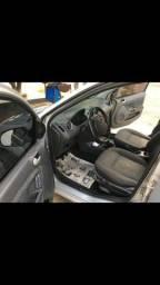 Vendo Ford Fiesta troco em carro Sedan - 2004