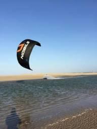 Aulas de kitesurf, curso básico ao avançado.