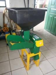 Triturador de grãos (forrageira)