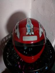 Vende capacete de criança 40$