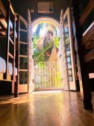 Título do anúncio: Aluguel de Quartos e Vagas Femininas em São Paulo, ao lado do Metro Vila Mariana