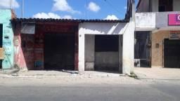 Terreno na avenida comercial do bairro Aracapé