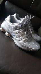 0f33b89adf9 Nike Shox Nz Prata n°41  9.5 US