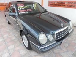 MERCEDES-BENZ E 240 1997/1998 2.4 ELEGANCE V6 GASOLINA 4P AUTOMÁTICO - 1998