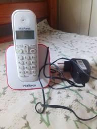 Telefone Intelbras vermelho