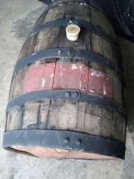 Barril de carvalho europeu (Cheio) 200 litros