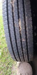 Vendo 10 liso 8 pneus borrachudo zero fiz 3 viajem a sp x rs