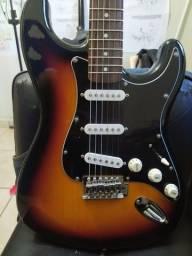 Guitarra Michael nova
