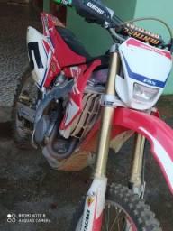 Moto troco por moto de passeio
