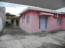 2 casas no terreno com ótima localização - capoeiras