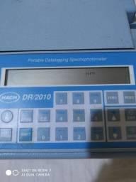 Espectrofotometro HACH modelo DR 2010, com bateria auxiliar