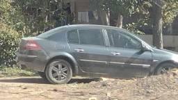 Título do anúncio: Vendo Megane ano 2006 modelo 2007 automático