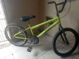 Vendo bicicleta para crianças