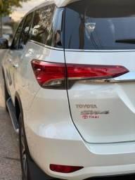 Título do anúncio: Toyota Hilux SW4 2.8 SRX Diesel 2019 4x4 Baixa KM