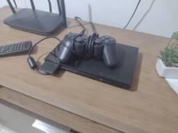 Título do anúncio: Troco Playstation 2 por um baixo ou iphone 7 plus (ou superior)