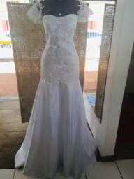 Vestido de noiva NOVO crepe e renda