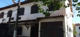 Alugo casa 3 quartos com suíte no Galo Branco em condomínio