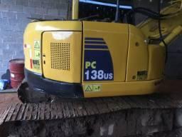 Escavadeira Komatsu pc 138