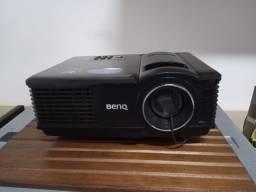 Projetor Benq MP 515- Pouco usado + Tela de projeção retrátil.