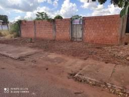 Terreno murado 12X30 bairro Santa Luzia