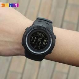 Título do anúncio: Oferta Imperdível! Relógio Masculino Esportivo Digital Prova D'Água Skmei . Original!!